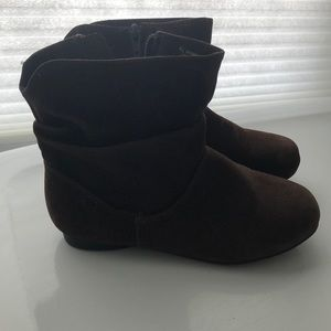 Girls size 12 Piper brand brown booties